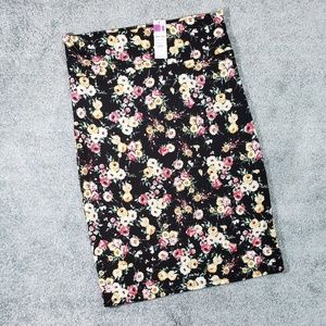 Gorgeous Floral Xlarge Pencil Skirt by A&D